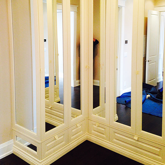 custom-closets-mirrors